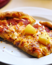 Ham and Pineapple Pizza on a Sweet Potato Crust