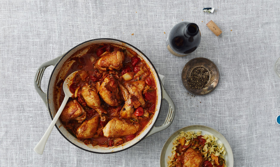 kimchi-braised-chicken-with-bacon-940x560